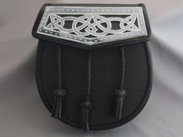 """Iona"" Celtic Weave Flap Plate Sporran"