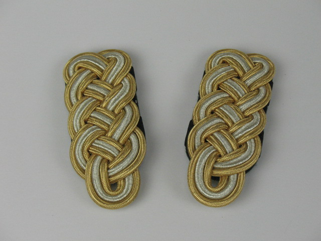 Lace Shoulder Boards