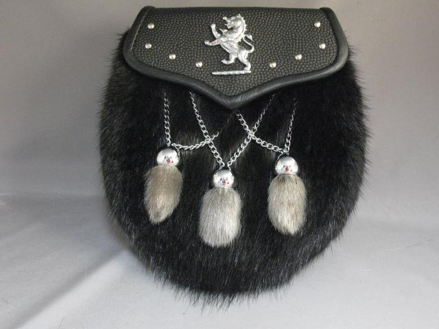 Black Muskrat/Lion Semi Dress Sporran