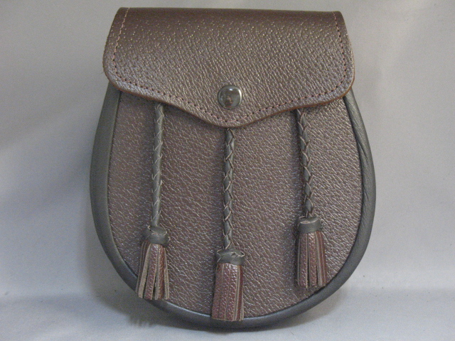 "Brown ""Inverness"" Leather Sporran"