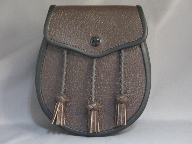 """Brown and Black """"Inverness"""" Leather Sporran"""