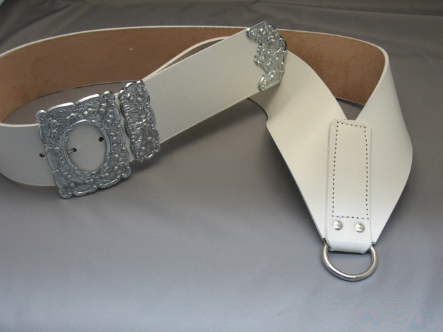 White Drummer Crossbelt with Thistle Mounts